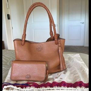 Tory Burch Taylor Tote and Continental Wallet Set
